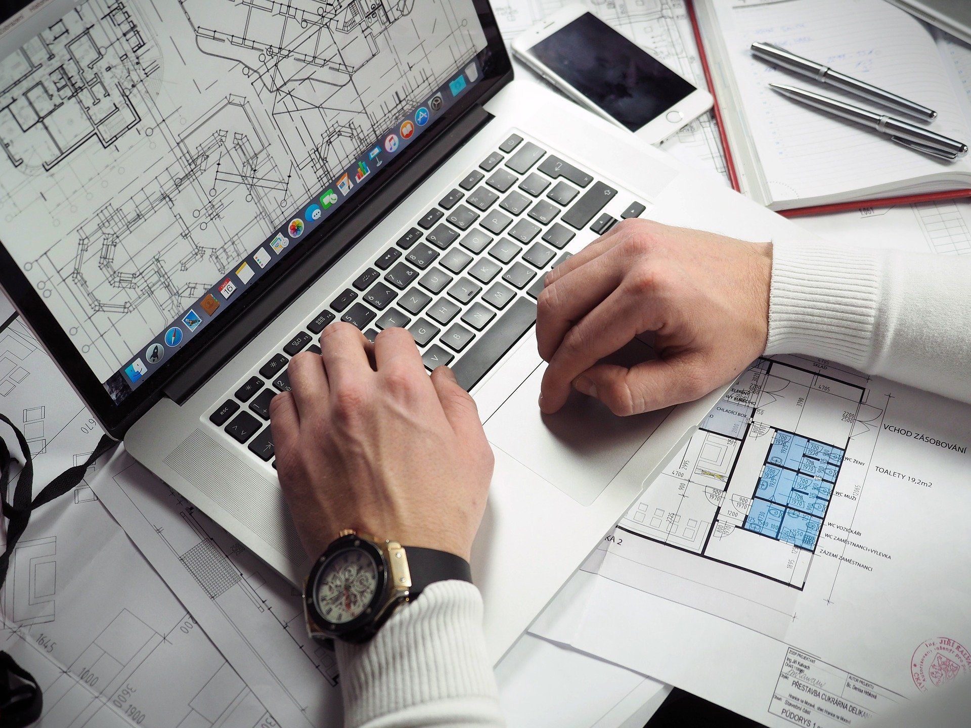 CADオペレーターの仕事内容を解説【手に職がつく仕事です】