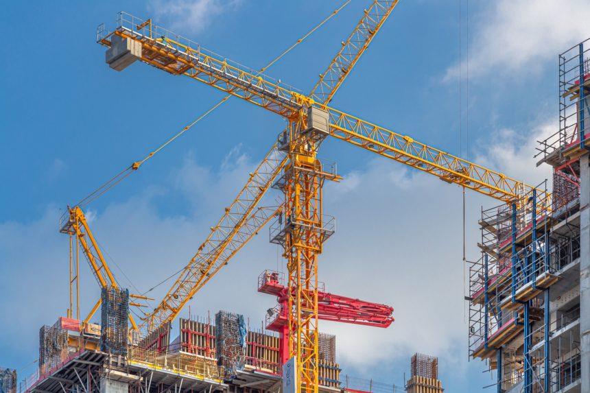施工管理の将来性は明るい【東京オリンピック後も問題ないかと】