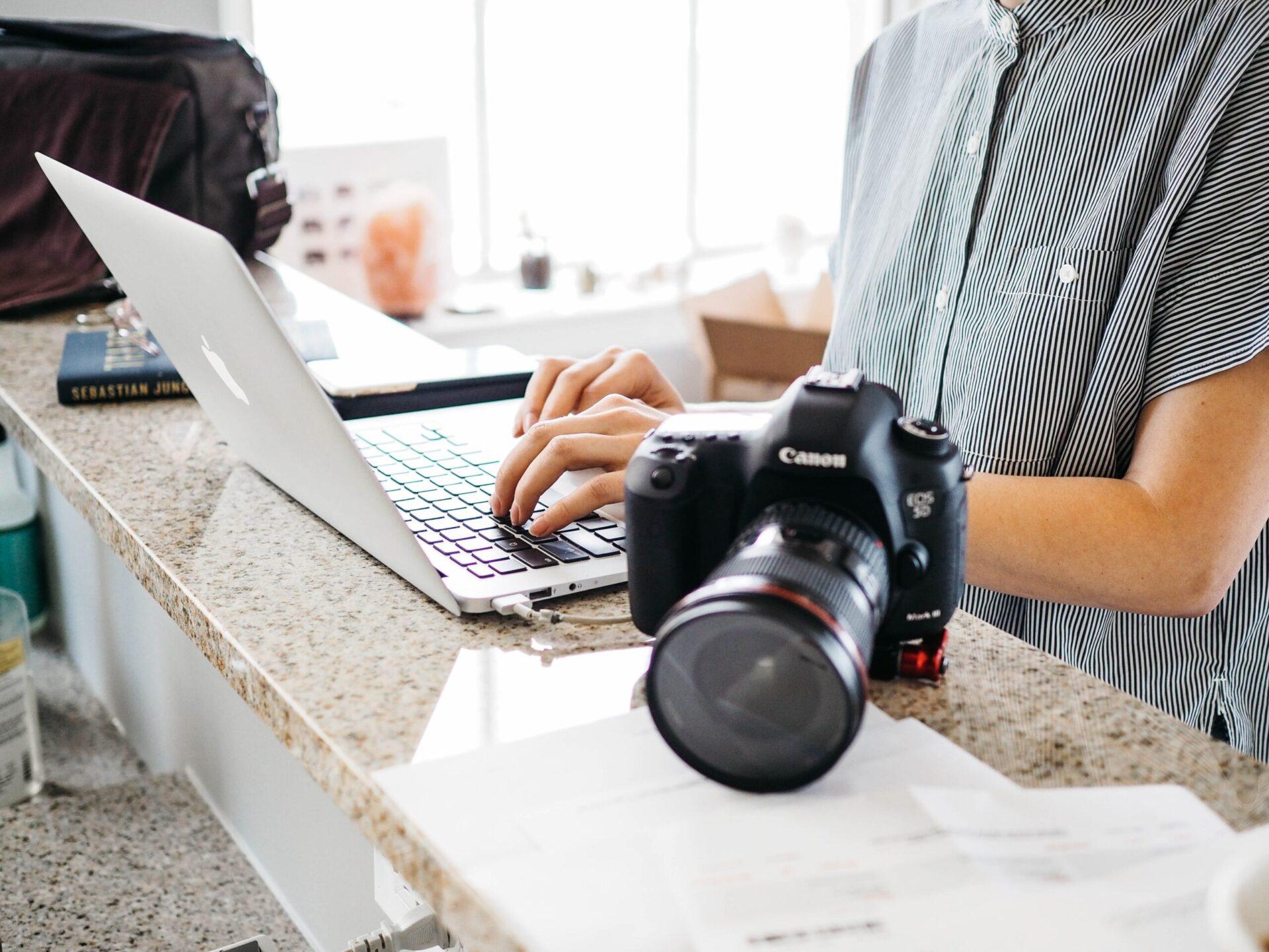 施工管理の写真撮影に役立つツール3選