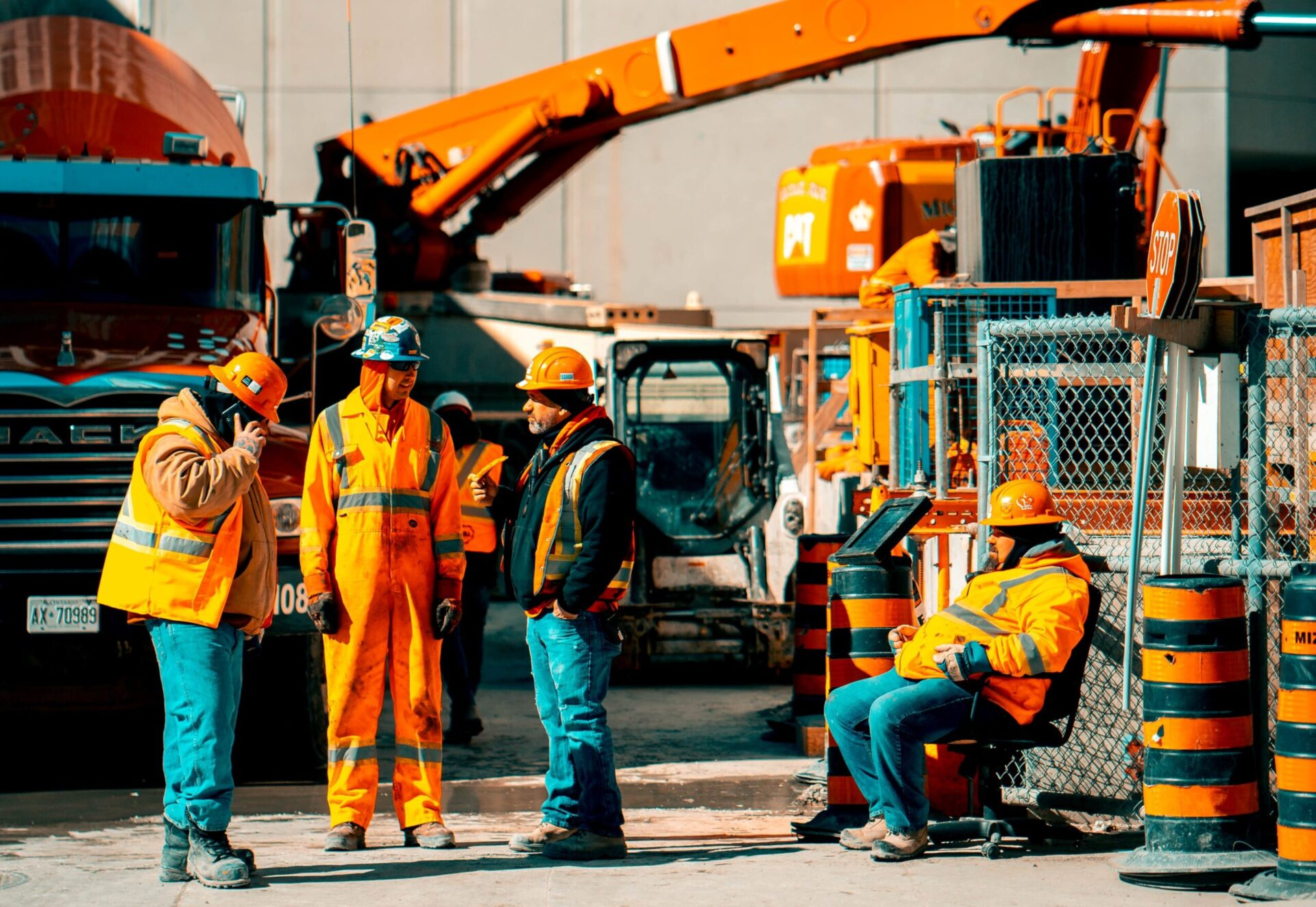 施工管理の安全管理以外の仕事内容