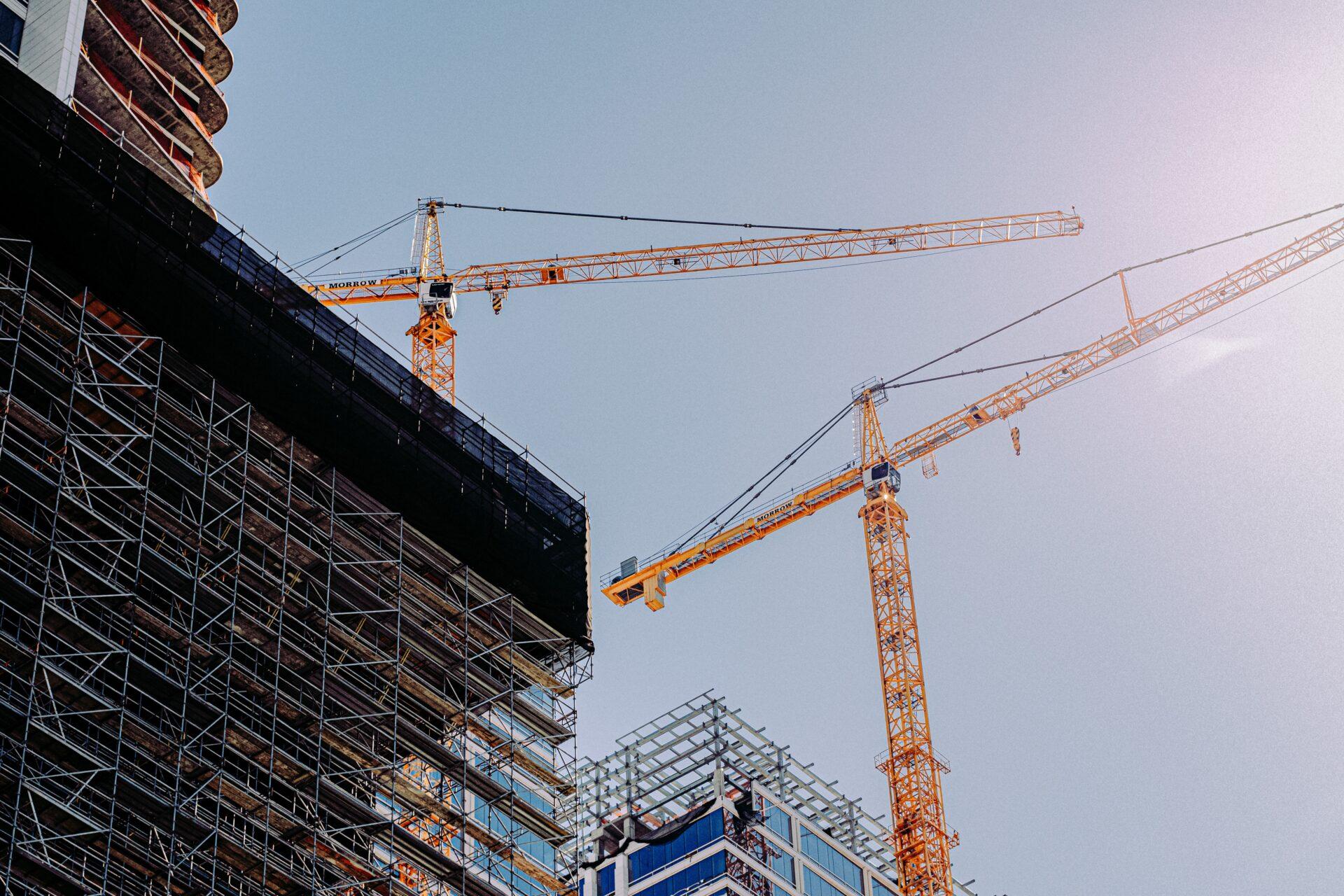鉄筋施工技能士と併せて取得したい資格【建築施工管理技士】